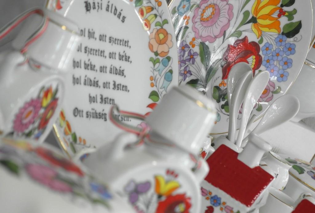Kalocsai porcelánok